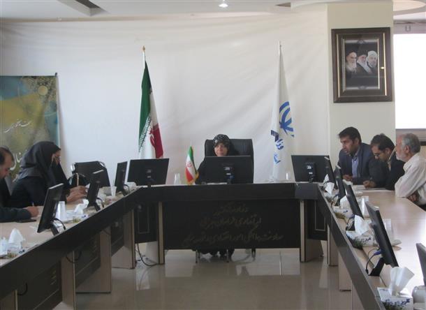 اولين جلسه كارگروه دفاتر پيشخوان خدمات دولت استان در سال 96 برگزار گرديد